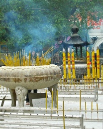 Incense, the perfume of Asian temples